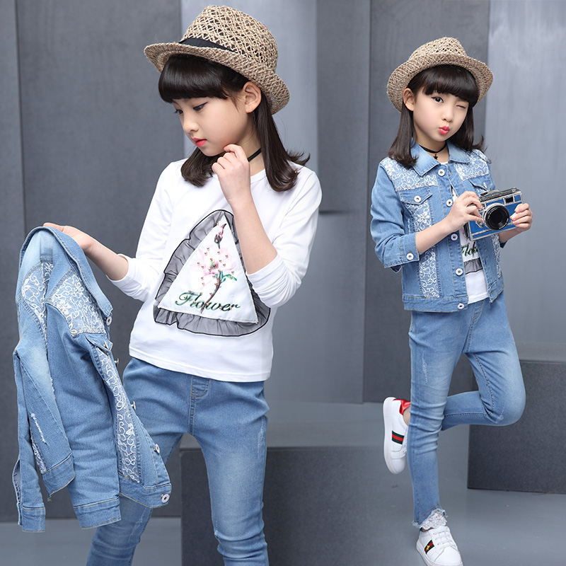 2017, spring and autumn, hot girls, cowboys, three sets, 4-13 year old children, cotton print T-shirt + lace, flow Su Su cowboy <br>