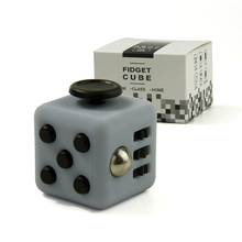 3.3cm Mini Fidget Cube Vinyl Desk Finger Toy Squeeze Fun Stress Reliever 11 Colour Click Glide Flip Spin Breathe Roll With Box