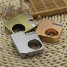 Creative fun finger ring portable metal gas cigarette lighter, metal fire lighters creative new wheels