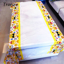 Tronzo 100*108cm Smile Face Emoji Tablecloth Christmas Birthday Party Decorations For Home Tablecovers Baby Shower Supplies