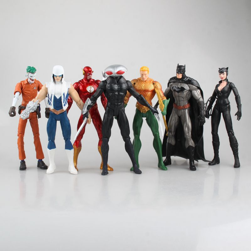 WVW 7pcs/Set Avengers Batman The Flash Catwoman Aquaman Play Arts Model PVC Toy Action Figure Decoration For Collection Gift<br>