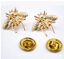 2015 wedding Brooches For bride Gold color Lapel Pins Cute Little Bee Shirt Collar Brooch Christmas Broches Accessories Bijoux