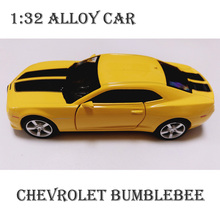 2017 New Style Colletible Alloy Toy Cars For Boys Kids Children Gift 1:32 Chevrolet Bumblebee Alloy Diecast Car Model Camaro RMZ