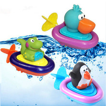Baby Bath Swimming Toy Ducks/Penguin/Crocodile Clockwork Play Swimming Toy for Kid Educational Toys Infant Cute Animal Bath Toy(China)