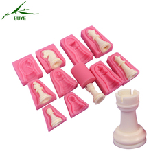 New Year Chess Shaped Silicone Cake Mold For Baking Chocolate Fondant Desserts Soap Mould Cake Decorating Accessories buye-z036