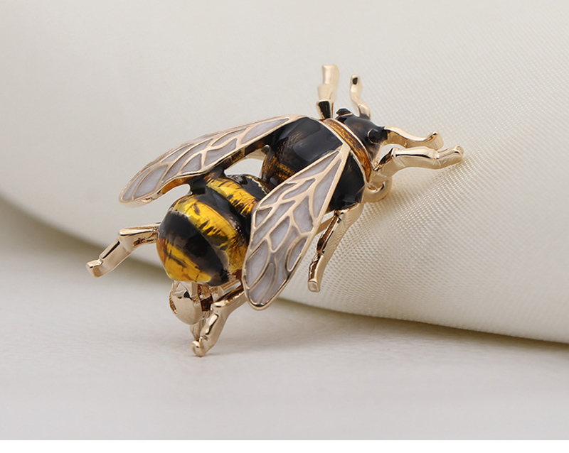 bee-brooch_08
