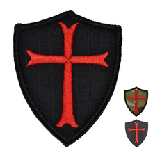 Knights Templar Cross  Shield Morale Patch  the tactical military patches badges for clothes clothing HOOK/LOOP 7.5 * 6.3CM