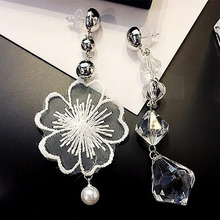 White Lace Earrings New Crystals Flowers Asymmetric Water Droplets Fashion Silver Color Long Earrings EB7178