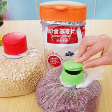 NEW 2016 Plastic Bag Cap Food Storage Kitchen Airtight Sealer Reusable Bag Cap Screw Preserver Bag Clips(China)