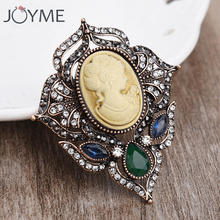 Vintage Retro Gold Color Suit Brooch Hijab Pin For Women Queen's Cameo Resin Broch Shirt Collar Accessories