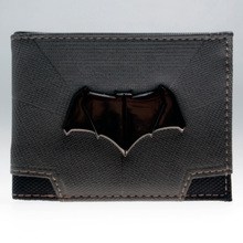 DC Comics Batman V Superman: Dawn of Justice Suit Up Bifold Boxed Wallet DFT-1820(China)