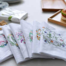 High-quality White Cotton Tea Towel Napkins Embroidered Table Napkins Kitchen Dishcloths Restaurant Placemat Diner Table Towel