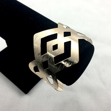 Symmetric Geometric Square Surface Batch Flowers Vintage Fashion Metal Wide Open Hollow Bracelet Bangle Birthday Gift For Women