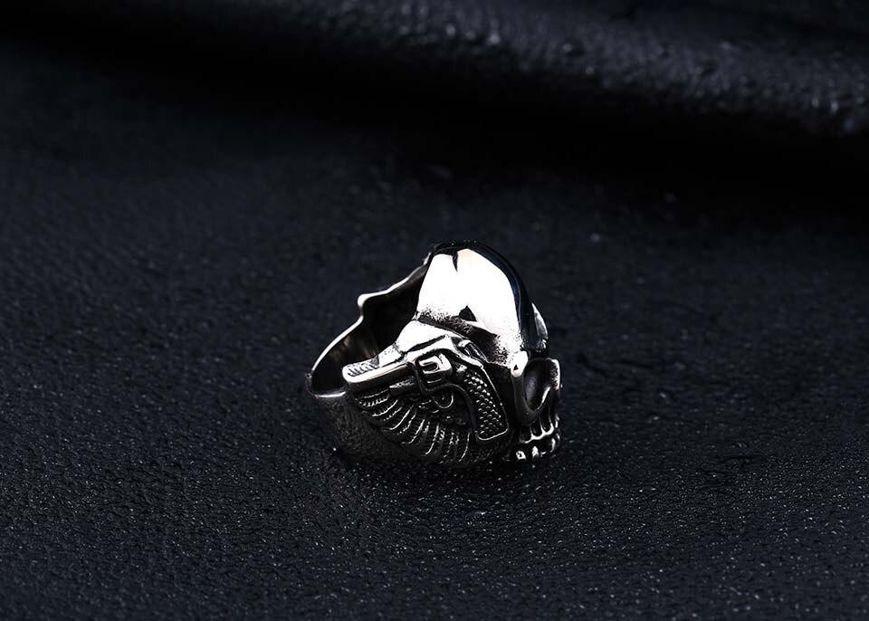 แหวนโคตรเท่ห์ Code 031 แหวนSkull wing สแตนเลส15
