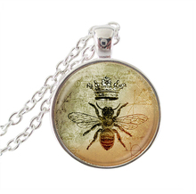 Crown queen bee necklace animal jewelry glass dome pendant silver statement chain necklace letter choker men women accessories