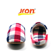 Jron 2017 Lovers Cotton Fabric Slippers Indoor Floor Shoes Yarn Plaid Fashion Slippers Summer Spring Soft Sole For Women And Men