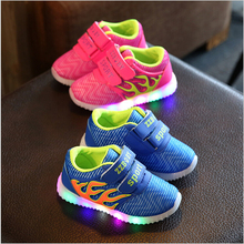 Girls&Boys Luminous Led Shoes Sneakers New Autumn Children Shoes With Light Up Kids flashing Shoes Glowing for Baby Toddler(China)