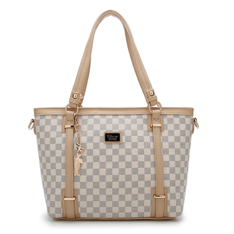 Hot Sale 2017 New Fashion Big Bag Women Shoulder Messenger Bag Ladies Handbag Luxury material PVC Ladies Party Shoulder Bags<br>