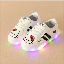 Girls Shoes Sport Sneakers 2017 Spring Brand Led Cartoon Girls Princess Shoes Sneakers Children Shoes With Light Size 21-30(China)