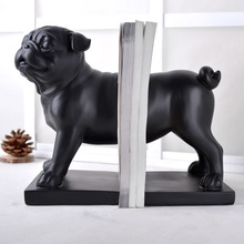 Living room cabinet decoration modern minimalist European jewelry company Home Furnishing dog crafts creative Bookends