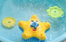 Baby Bathtub/Bathing/Bathroom Toy Squirter Splash Spray Starfish Tool With Electric Move Rotate Shower For Children/Kid/Child