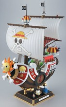 35cm/14 inch One Piece Thousand Sunny Pirate ship Model PVC Action Figure Toy Retail