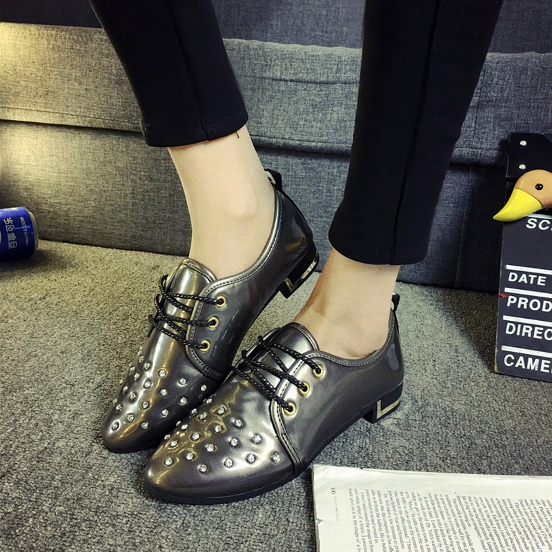 Fashion Rhinestone Glitter Women Flats,Sexy Pointed Toe Lace-Up Leisure Derby Shoes,Vogue Patent Leather Girls Party Footwear<br><br>Aliexpress