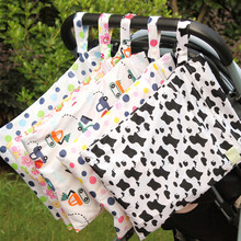 New Reusable Nappy Bag Waterproof Printed Diaper Wet Bag Double Pocket Baby Carriage Cloth Handle Hanging Bag 5 Colors