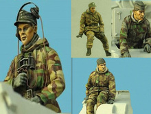 Free Shipping 1/35 Scale Unpainted Resin Figure World War II German crewman/tankman 4 figures collection figure