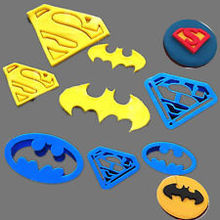 4Pcs/set Super Hero Batman And Superman Fondant  Cake Decorating   Sugar Cookie Biscuit Cutter Pastry Bakeware Tools