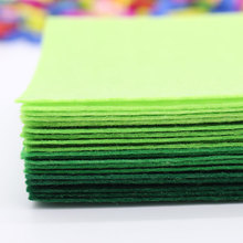 Non Woven Felt Fabric 1mm Thickness Polyester Cloth Felts Of Home Decoration Pattern Bundle For Sewing Dolls Crafts 40pcs10x15cm(China)