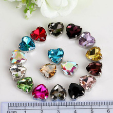 20 Pieces 10mm Silver Sew On Crystal Rhinestones Heart Shaped Diamond Claw Setting Loose Rhinestone Crystal Beads Gemstone