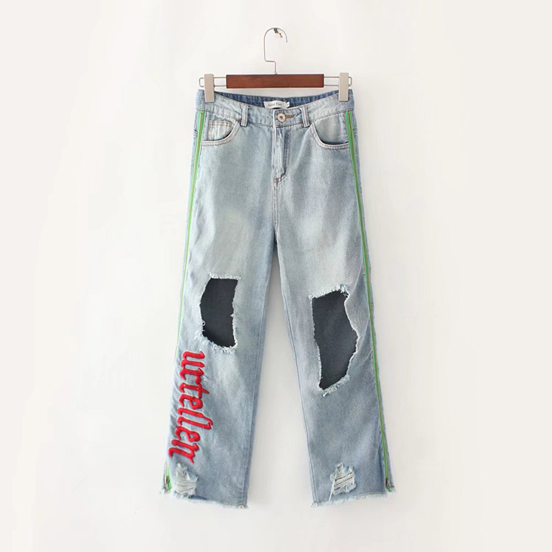 Fashion 2017 Women Jeans Wide Leg Pants Embroidered Letter Hole Zipper Light Blue Ripped Boyfriend Femme Denim TrousersÎäåæäà è àêñåññóàðû<br><br>