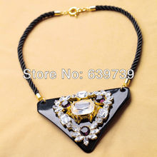 Gold Color Chain Triangle Plastic Daisy Necklace