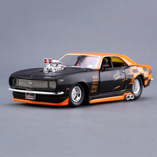 Diecast Model Car Camaro 1968 Z/28 1:24 Metal Racing Vehicle Play Collectible Models Sport Cars toys For Gift