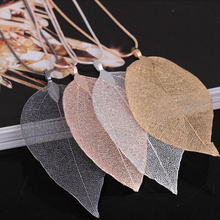 2017 Fashion Pink Black Gold Gray Natural Real Leaves Leaf Pendant Long Sweater Snake Chain Necklace For Women Jewelry