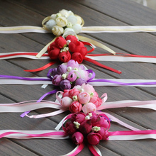 Wedding Ornaments Silk Bridal Bridesmaid Handmade Bouquet Hand Flowers Wrist Corsages 5Color 1pcs(China)