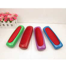Plastic Sweeper Carpet Table Bed Car Seat Collector Horsehair Cleaner Roller Random Color High Quality(China)