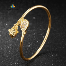 SEXY WOMAN Fashion Gold color Goldfish Bracelets Women Ultra Thin Design Open Bangle Inlaid Cubic Zirconia Bangles Jewelry TY524