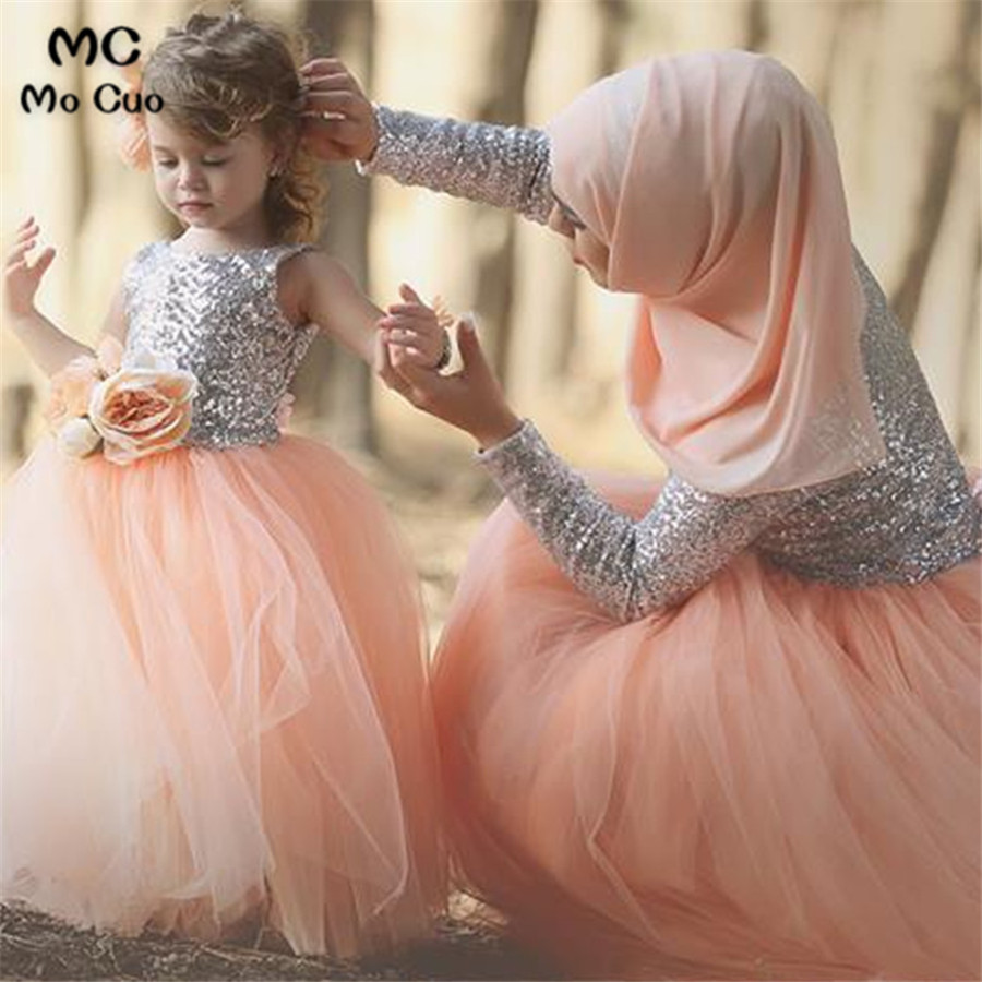 Cute 2018 Lovely Ball first communion dresses for girls Flowers Sequins kids evening gown flower girl dresses for weddings