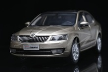 Diecast Car Model 1:18 Shanghai Volkswagen Skoda New Octavia (Gold) + SMALL GIFT!!!!!
