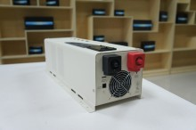 Factory sell  low frequency 4000w hybrid inverter ,pure sine wave inverter&charger&ups