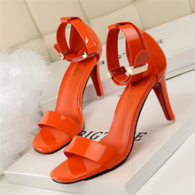 New Korean Concise Summer OL Women Sandals Fashion Square Toe Metal Buckle Patent Leather High Heels Ladies Brand Sandals