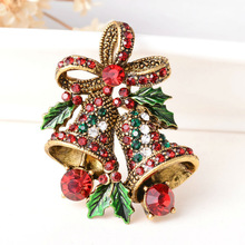 Fashion 2016 Christmas Gifts Pins And Brooches For Women Small Bell Heart Rhinestone Brooch Female Bijoux