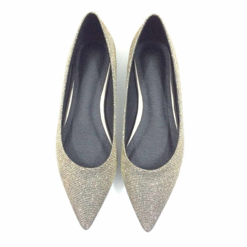 Women s shoes Fashionable girl 2018 new pointy flat dress bridesmaid large  size silver bright piece wedding 91af5da2230a