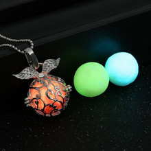 Fashion Jewelry Unisex 3 Colors A Set Creative Angel Wings Hollow Ball Pendant Luminous Necklace For Women Men Glow In Dark