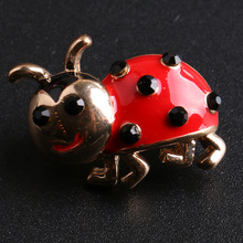 2017 new fashion ladybugs brooch pins red black beetle bugs brooch lovely insects brooch pins for women kids unisex pins(China)