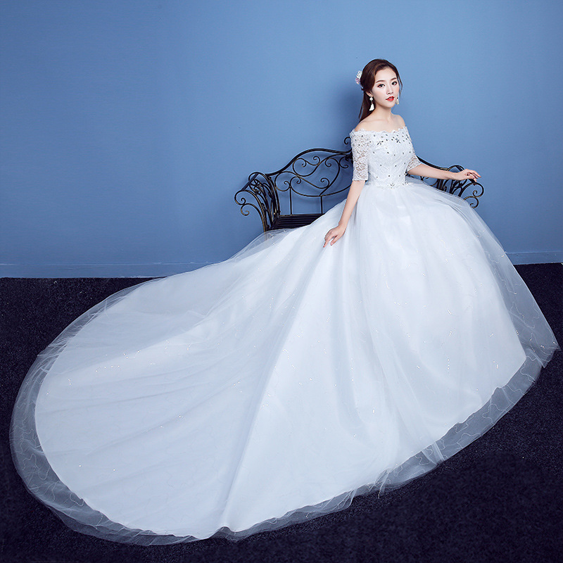 2018 New Fashion Off White Half Sleeve Boat Neck A-line Wedding Dresses Lace Appliques Chapel Train Wholesale Bridal Gowns