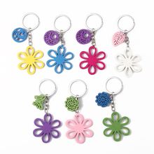 6pcs Good Quality Candy Color Key Chain With New Fashion Wooden key Chain Pendant Charm Randomly Send Color Keychains Accesssory