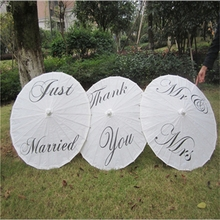 Creative White Thank you Just Married MR&MRS Paper Umbrella Modern Paper Umbrella For Wedding Party Supplies Wedding Decoration